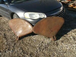 Farmall H Sh M 300 Pair Of Fenders