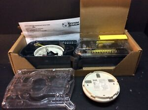 System Sensor Innovair Flex D4120 4 wire Duct Smoke Detector Dh100acdcp ref A