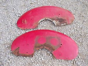 Farmall A Tractor Original Ih Pair Set Of Clamshell Fender Fenders