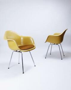 Charles Eames Molded Fiberglass Dax Armchairs On H Base