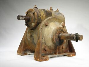 Vintage Huge Speed Reduction Reducer Gearbox 60 1 32 Pounds