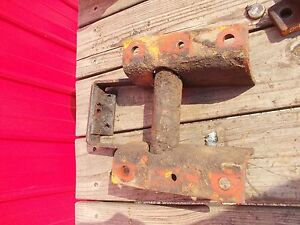Allis Chalmers D14 Tractor Ac Input Shaft Mounting Bracket To Tractor