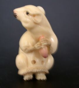 Japanese Ivory Colored Bone Netsuke White Mouse Has Pink Food