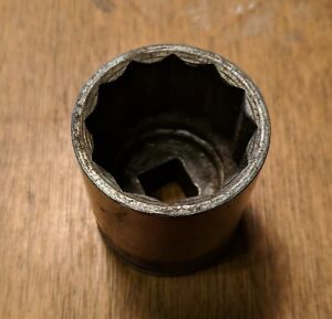 Vintage Snap On 1 1 4 Shallow Socket 12 Point 1 2 Drive Sw400