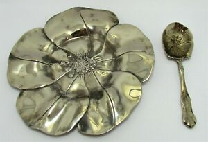 International Silver Co 1994 Silverplate Flower Plate Spoon