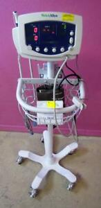 Welch Allyn 53nto Vital Signs Monitor Spo2 Nibp Temp W Stand New Battery
