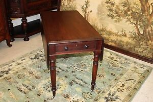 Federal Solid Mahogany Wood Small Drop Leaf Side End Table On Casters 19th C