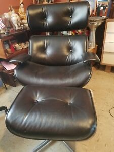 Vintage Plycraft Herman Miller Eames Style Lounge Chair And Ottoman