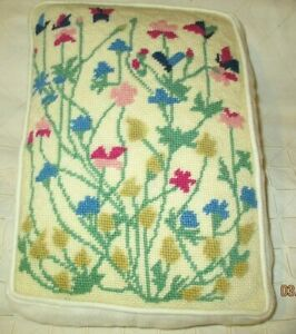 Vintage Floral Needlepoint Wool Embroidered Throw Pillow Linen 9 X 12 X 2