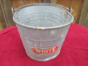 Vintage White Co Oval Galvanized Metal Industrial Mop Bucket 614