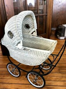 Vintage Antique Wicker Baby Doll Carriage Pram Stroller Collectible Local Pu