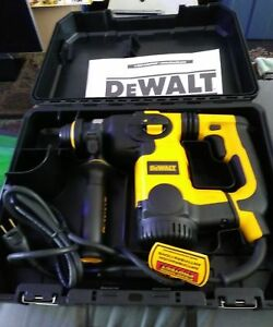 New Dewalt D25323k 1 Inch L shape Sds Plus Rotary Hammer With Shocks