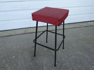 Set Of 4 Vtg Mid Century Modern Eames Era 1950s Iron Footrest Bar Stools Chairs