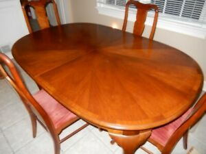 L K Hickory Chair Company Dining Table And 4 Chairs Vintage Mahogony
