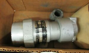 New Appleton Electric 30 Amp 3 Pole Pin Sleeve Plug Bpw 33