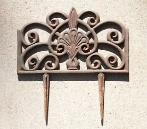 Vintage Cast Iron Garden Lawn Edgers Rusty Patina 14 X 9 Inches