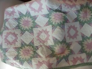 Beautiful Vintage Star Pattern Quilt Large 82 X 94 Hand Stitched