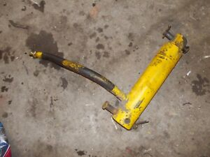 International Cub 154 Low Boy Ih Tractor Orgnl Hydraulic Lift Cylinder