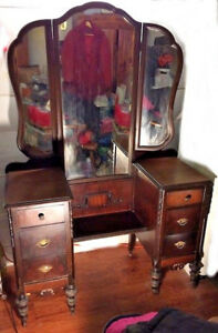 Antique Vanity Dressing Table With Drop Well Trifold Mirrors