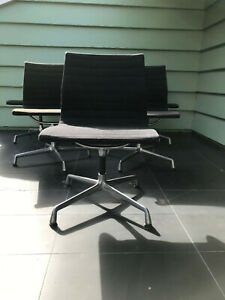 Herman Miller Eames Aluminum Swivel Chair Rare One Chair