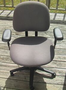 Hon Volt Adjustable Business Home Office Desk Task Chair