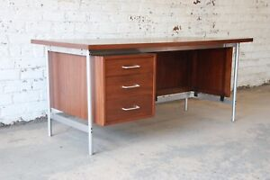 Jens Risom Mid Century Modern Executive Desk In Walnut Cane And Steel