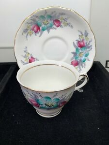 Vintage Colclough Bone China Tea Cup And Saucer Lt 324