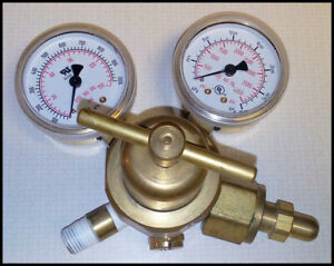 Smith H1910f 540 Light Duty Oxygen Cyliner Regulator With Two 2 Inch Guages