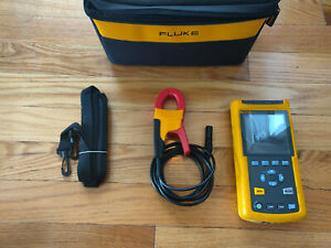 Fluke 43b Handheld Power Quality Analyzer Meter 43 I 400sclamp Extras Carry Case