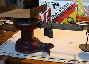 Vintage Antique Howe Red Fishtail Store Counter Scale 5072 Industrial From Buk