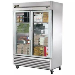 True T 49fg 54 Two Section Reach in Freezer 2 Glass Doors 115v