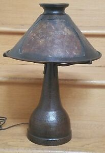 1910 Benedict Studios Hammered Copper Mica Table Lamp Arts Crafts Stickley Era