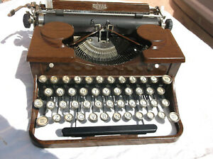 Rare Vintage 1930s Wood Grain Royal Typewriter With No Carrying Case