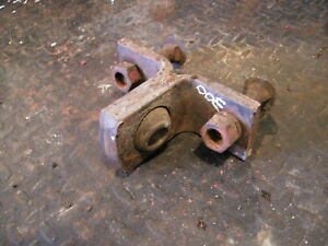 Farmall 300 Rowcrop Tractor Fasthitch Mounting Bracket