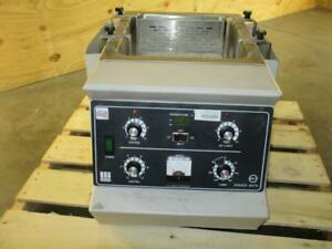 Lab line 3540 25 400 Rpm Orbital Shaking Heating Water Bath No Cover