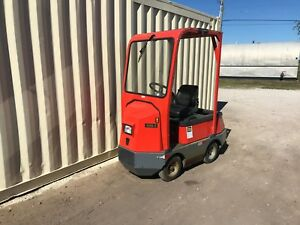 2 taylor dunn 48v Huskey Electric Tow Tractors 2011 1998