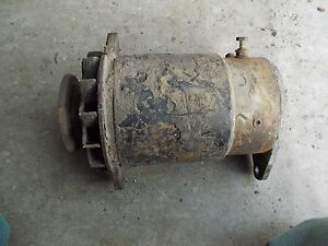 Farmall Ih 460 560 Tractor Good Working 12v Generator Belt Pulley
