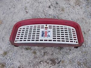 Farmall Ih 560 460 Tractor Front Nose Cone Grill Bonnet Screen Ih Emblem