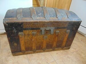 Vintage Antique Dome Trunk Chest 6931
