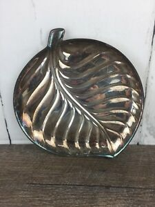 International Silver Company Leaf Serving Tray 8198 Silver Plated Vintage 8