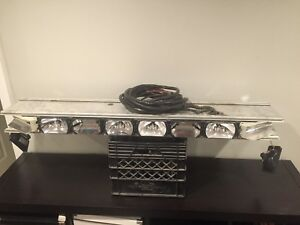50 Whelen Edge 9m Strobe Lightbar