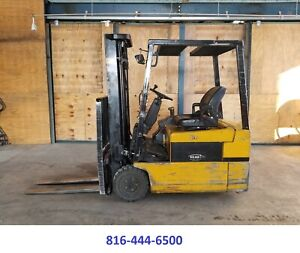 Yale Forklift 3300 Lbs Cap Pneumatic Great Cushion Forklift Sideshift Electric