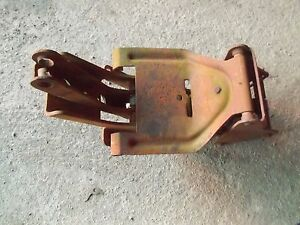 Allis Chalmers D14 D15 D Ser Tractor Original Ac Easy Rider Middle Seat Assembly