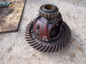 Allis Chalmers Wd 45 Wd45 Tractor Transmission Rearend Pinion Drive Assembly