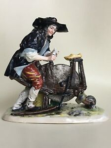 Ernst Bohne Sohne Volkstedt German Porcelain Figurine Shoe Maker At Work