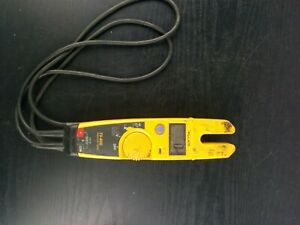 ad154 Fluke T5 600 600v Voltage Continuity And Current Electrical Tester