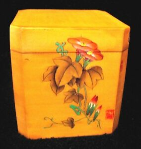 Japanese Wood Tea Box With Hand Painted Floral Decoation And Lacquer Finish
