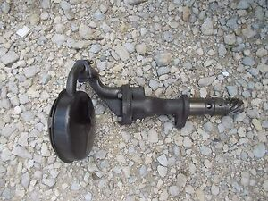 Oliver 66 Rowcrop Tractor Engine Motor Oil Pump Assembly