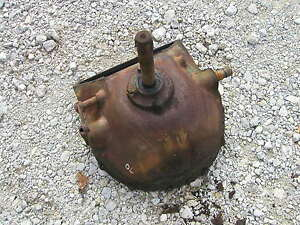 Oliver 70 Rowcrop Tractor Engine Transmission Housing Cover Input Drive Shaft