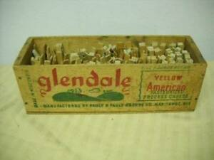 Vintage Glendale Wood Cheese Box W Clothespins Primitive Decor Laundry Country